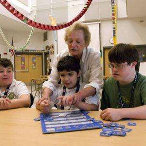 Educação Especial e Deficiências: Trabalho de Inclusão (EAD)